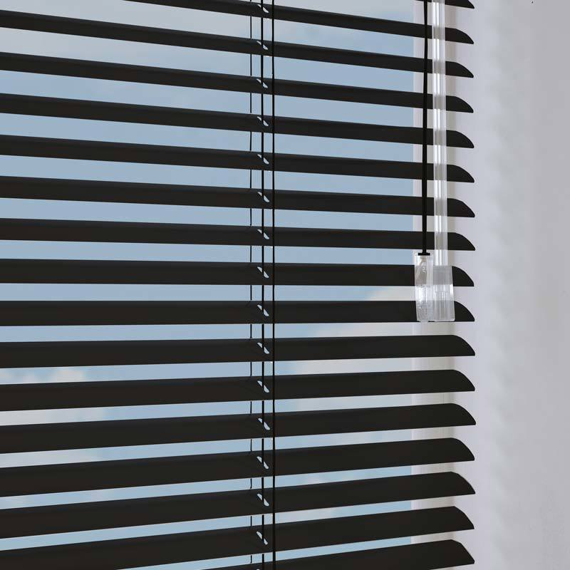 How To Find The Best Suited Royal Blinds For Your Window