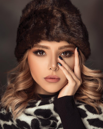 Latest Winter Makeup Trends to Try at Home
