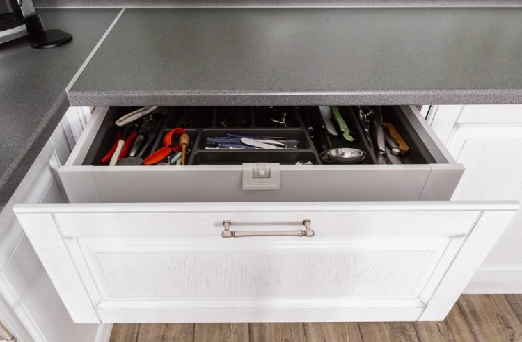 Repair Your Kitchen Cabinet