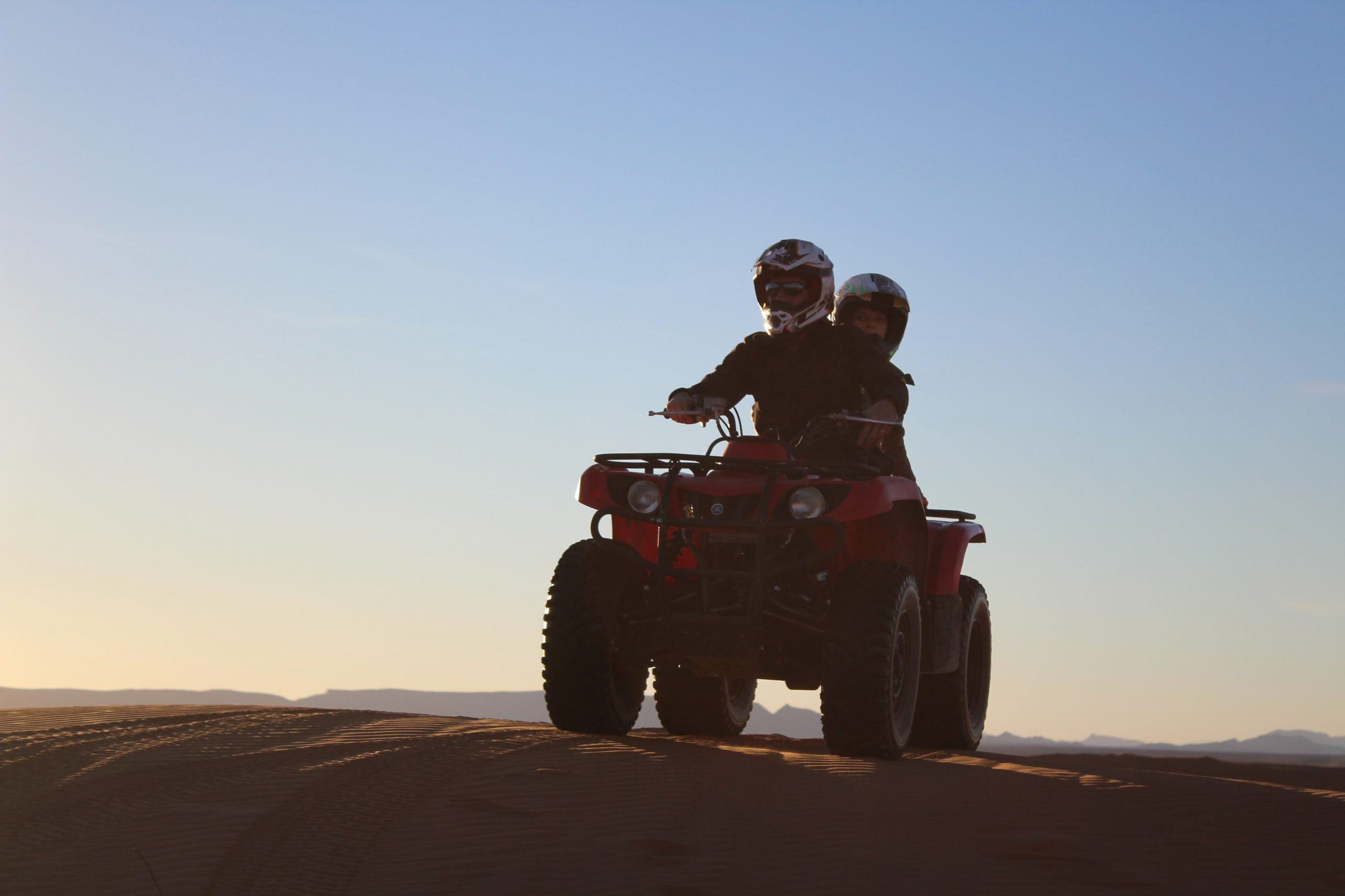 Tips to Have the Best Experience While Abu Dhabi Desert Safari