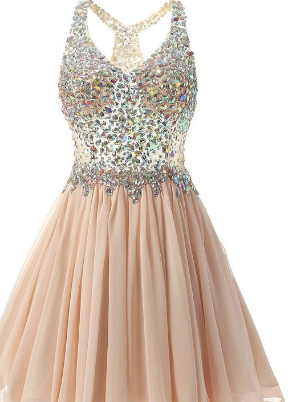 4 Savvy Tips to Remember While Shopping for Homecoming Dresses