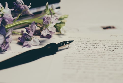 11 EFFECTIVE TIPS FOR WRITING A PERSONAL BIOGRAPHY